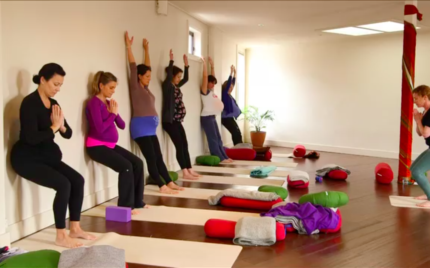 Pre Natal and Post Natal Yoga Teaching Course