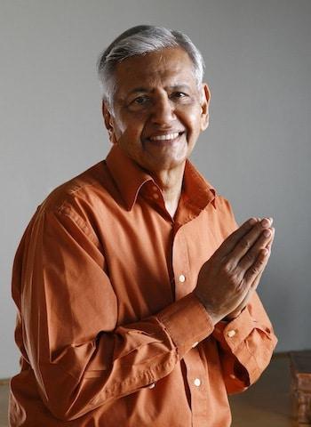 Srivatsa Ramaswami 100hr Vinyasakrama Training